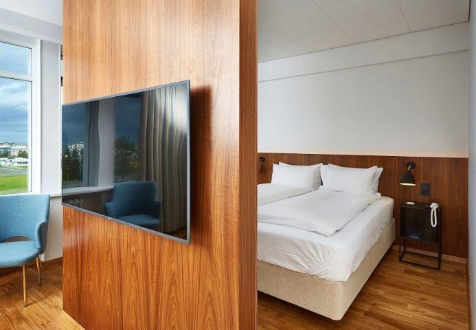 Radisson Blu Saga Hotel 03
