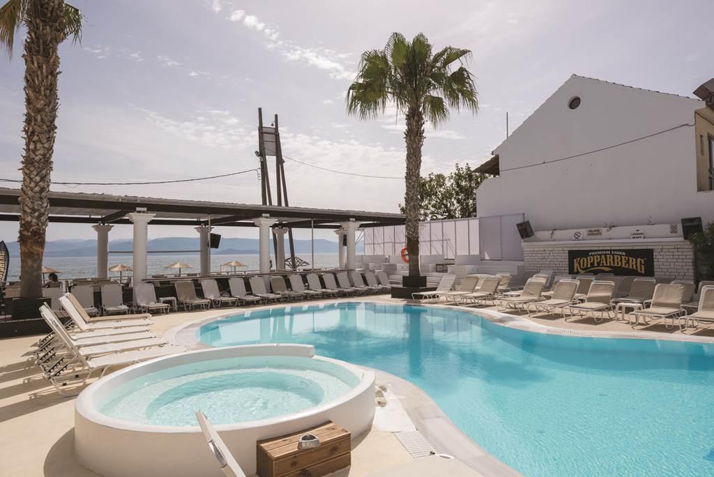 Morfeas Hotel & Apartments