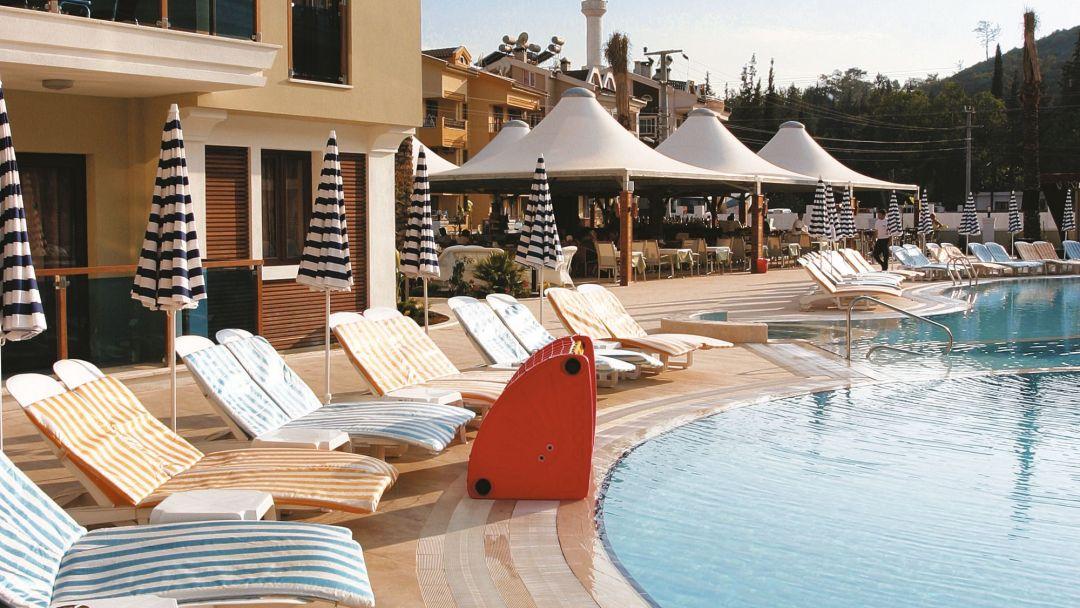 CLC Apollonium Spa & Beach