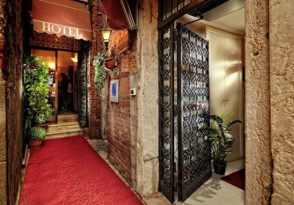 Tintoretto Hotel