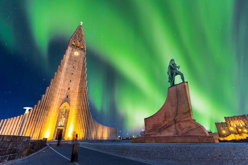 Fosshotel Lind - Northern Lights Tour Included