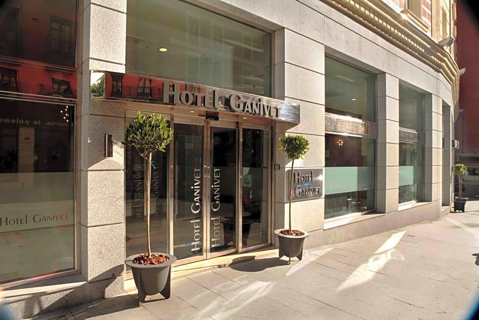 Hotel Ganivet - Summer 2022