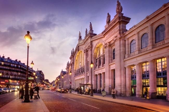 Mademoiselle Hotel - Valentines 2022